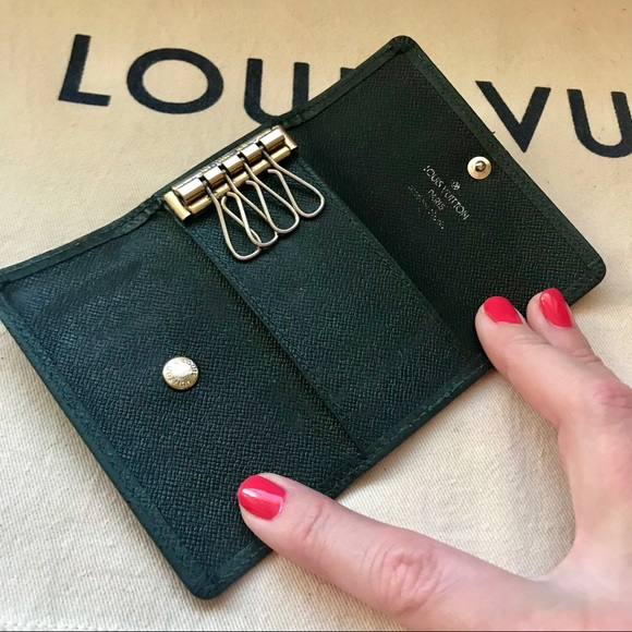 Louis Vuitton Other - Louis Vuitton Dark Green Taiga Leather Key Holder